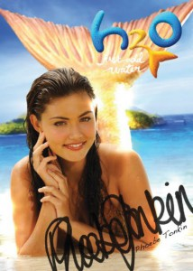 phoebe-tonkin-autograph-h2o-just-add-water-8465291-444-623.jpg